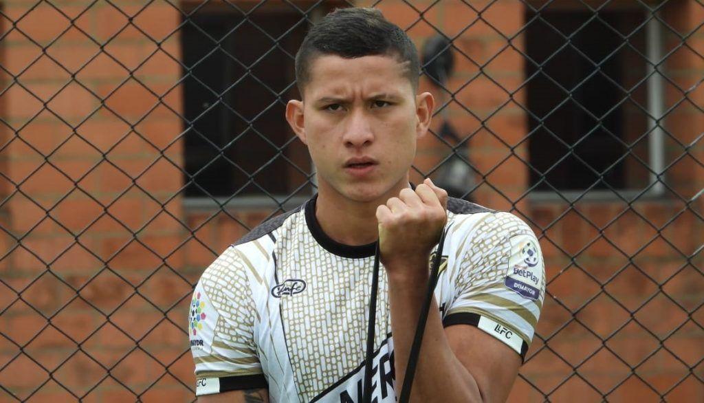 fútbol Yeison Cruz