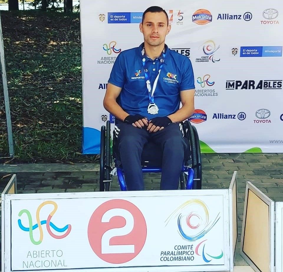 Juan Camilo Quintana nadador paralímpico