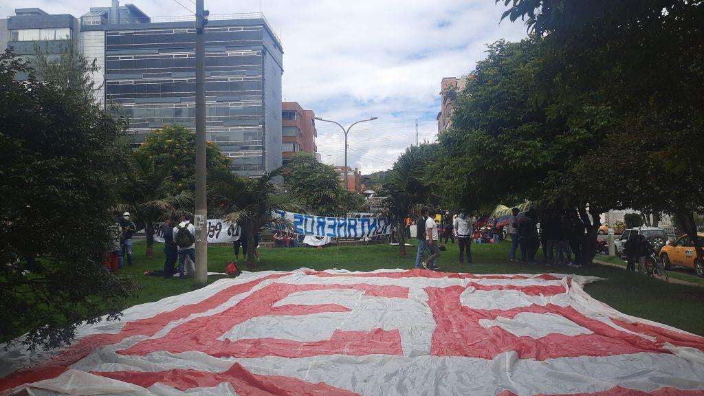 Colectivos se manifiestan y le dicen NO a la Copa América en Colombia