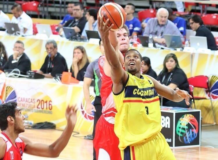 Stalin Ortiz baloncesto
