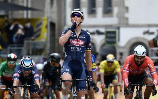 Jasper Philipsen etapa 2 Vuelta a España 2021