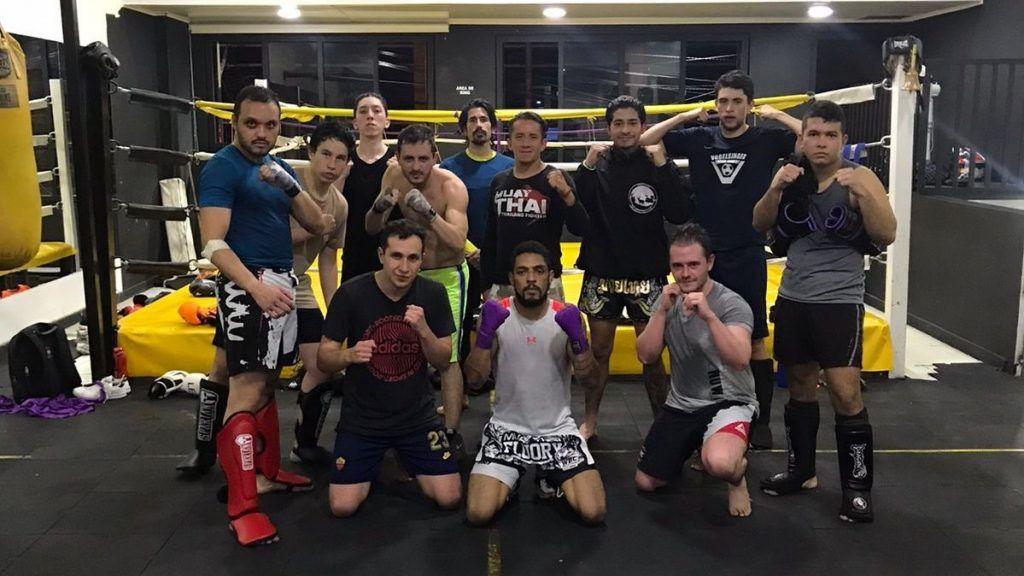 equipo Muay Thai